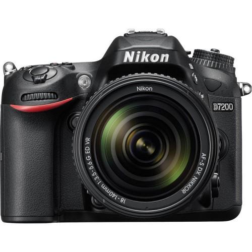 NIKKOR D7200 with 18-140 Lens Bundle
